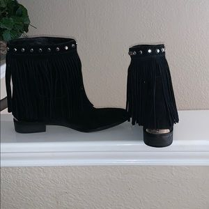 Michael Kors Shoes - Micheal kors boots size 8 in women's